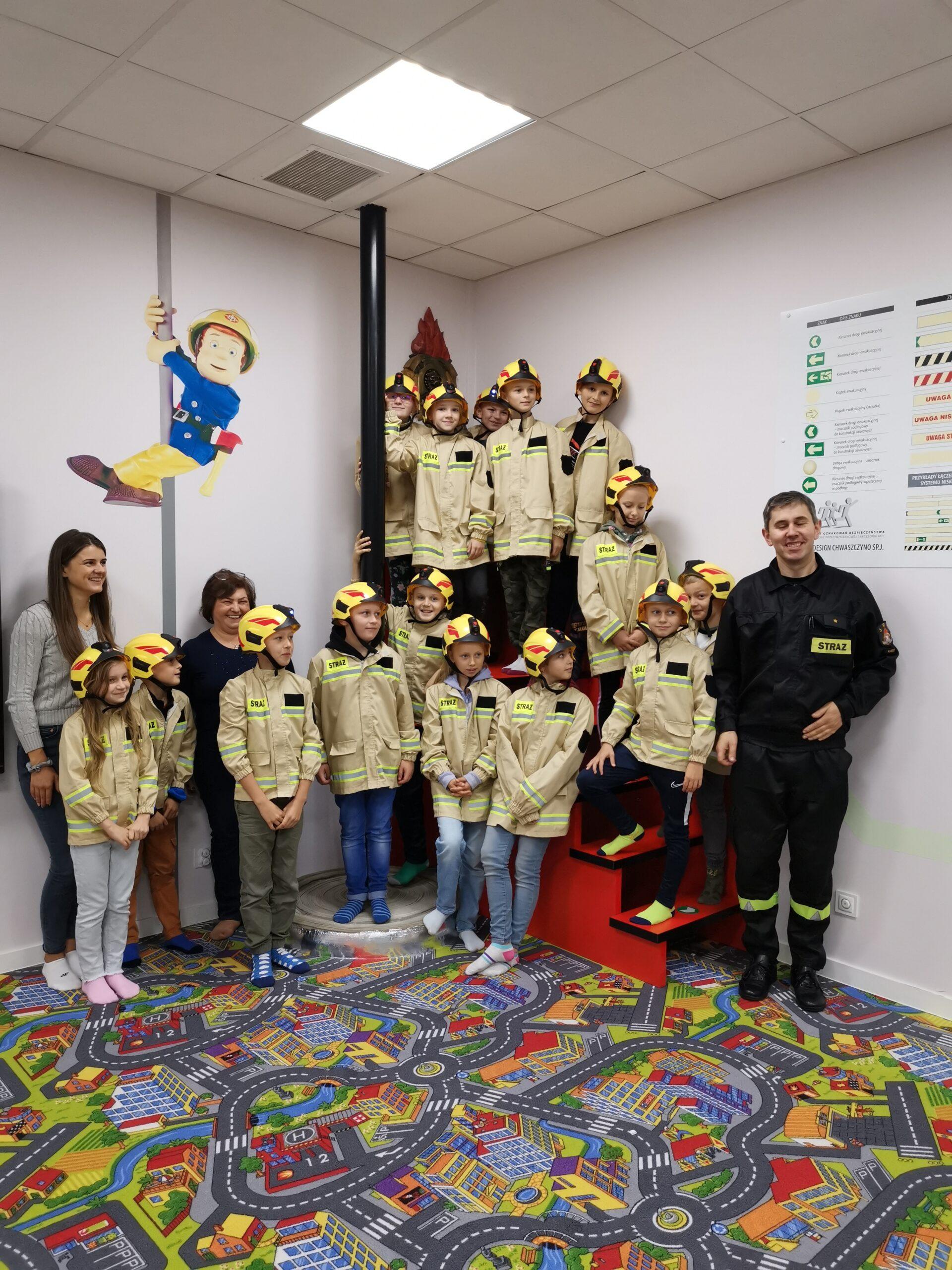 Wizyta u strażaków w Kartuzach